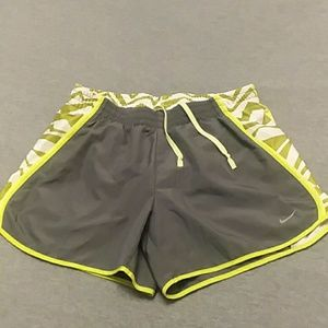 Nike Tempo Dri Fit Athletic Workout Shorts Small